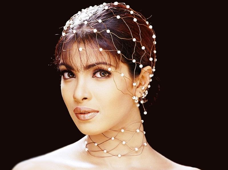 Stylish Wallpapes of Priyanka Chopra
