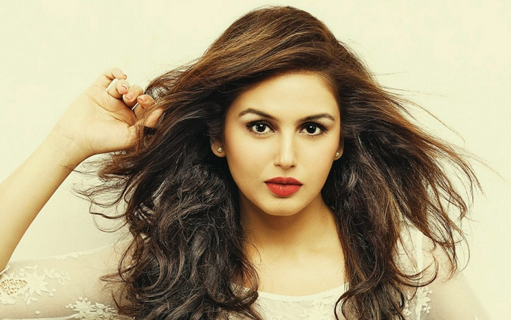 Best huma qureshi || hd wallpapers|| hd photos and pictures top.