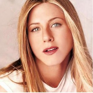 Hollywood Actress Jennifer Aniston HD wallpapers download