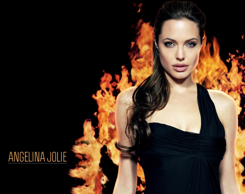 Hot Wallpapers of Angelina Jolie