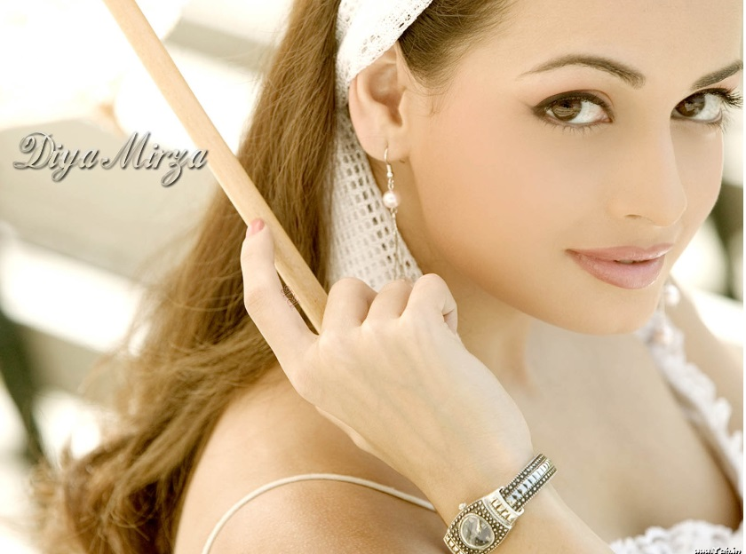 Pictures of Diya Mirza