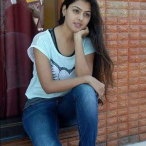 Indian College Girls Pictures