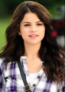 Salena Gomez Hairstyle for 2014
