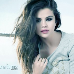 Salena Gomez New Hairstyle 2014