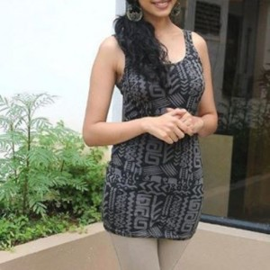 Simple Indian Girls Pictures