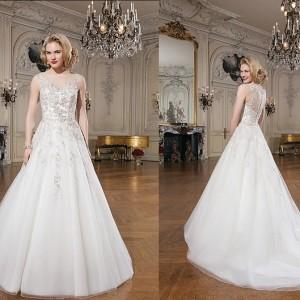 Elegant and Timeless Wedding Dresses